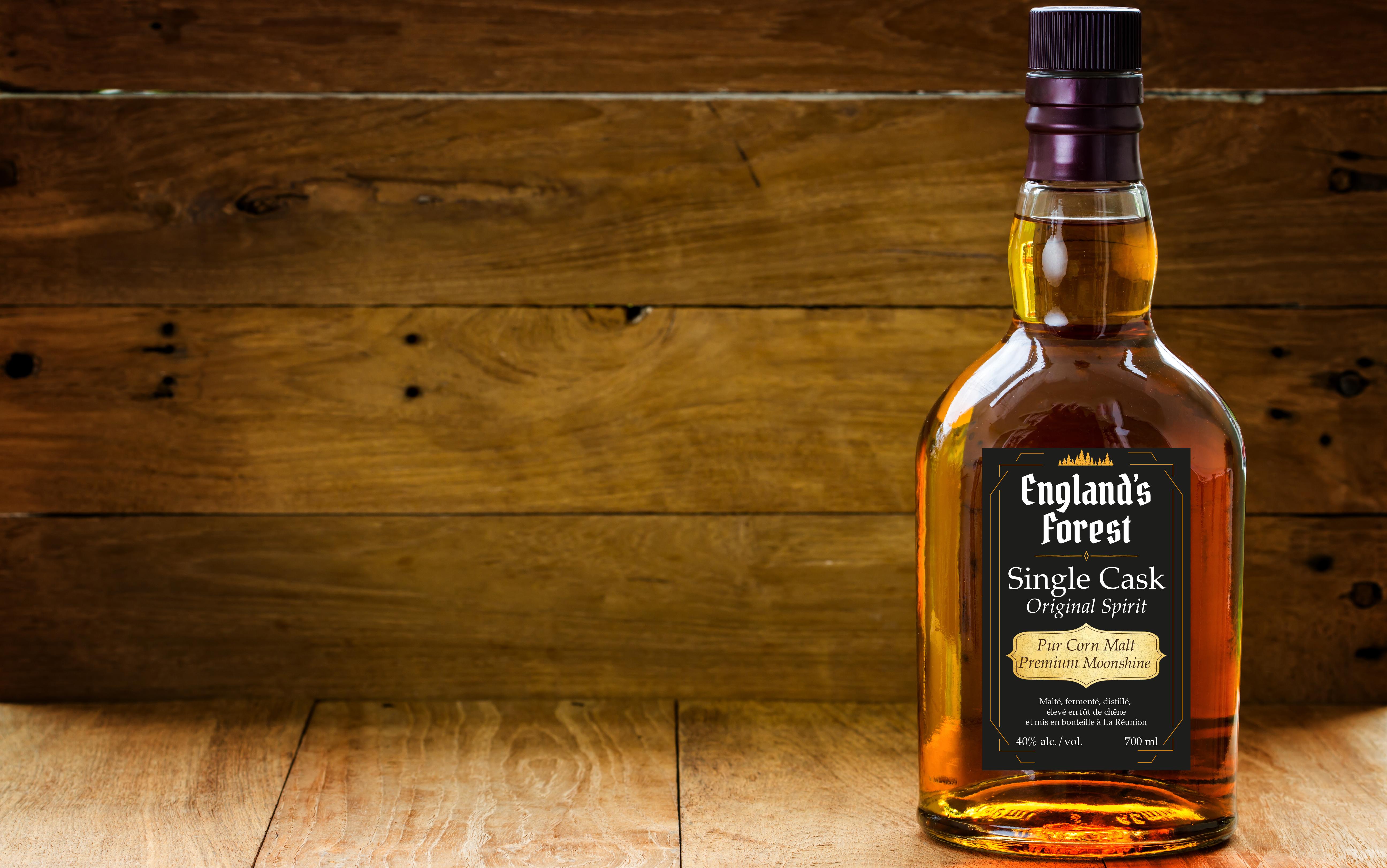 Réalisation D'une étiquette De Whisky Locale